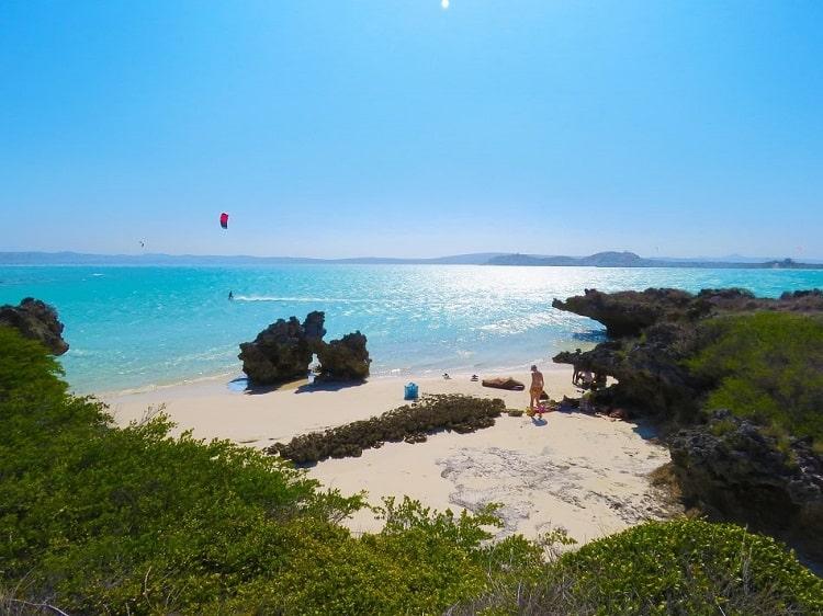 Spot de kitesurf de la piscine en mer d'émeraude, presqu'île de Babaomby.